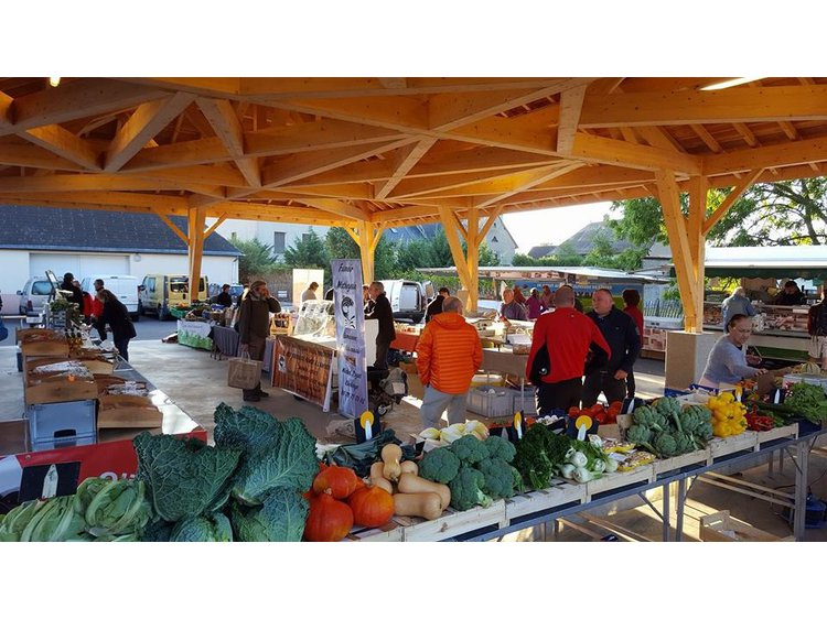 Photo 1 Farmers' market of Pierre Châtel