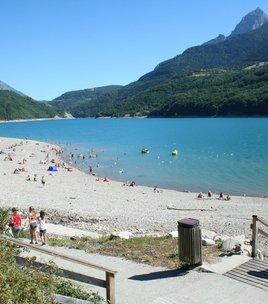 Beach of the Sautet's campsite