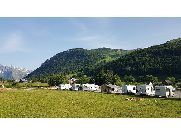 Photo 3 Bivouac caravan area of Alpe du Grand Serre